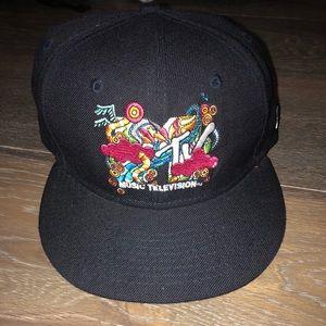 MTV hat